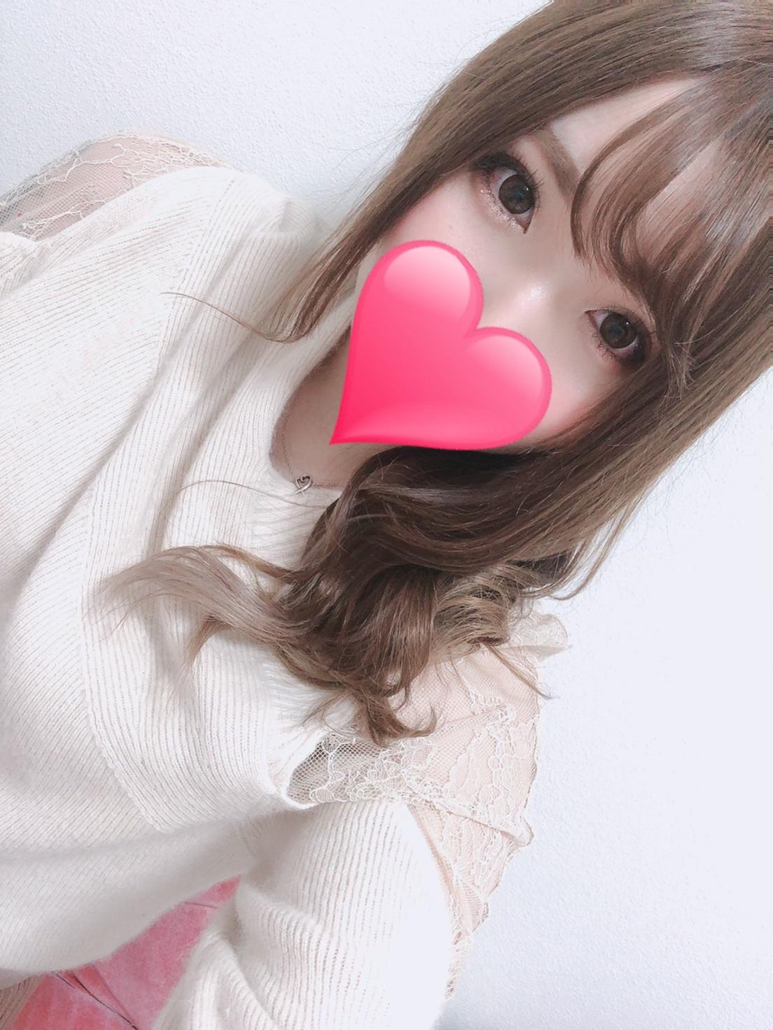 リズ(24)
