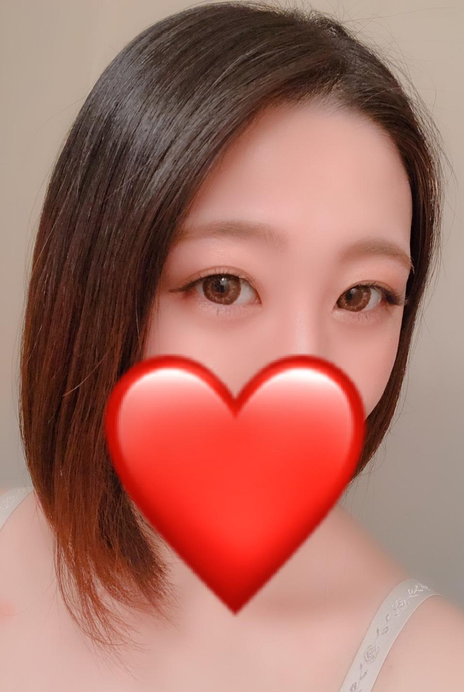 ユナ(24)