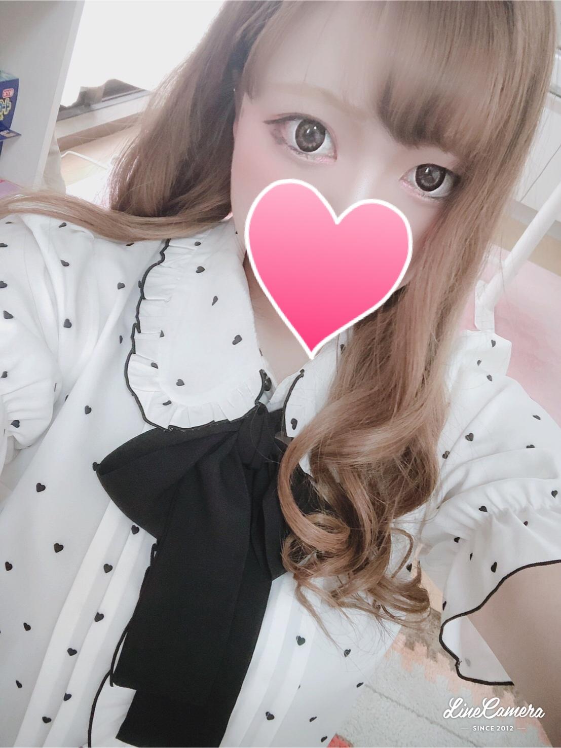 シオリ(19)