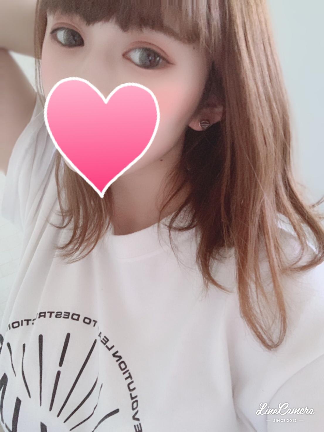 レナ(20)